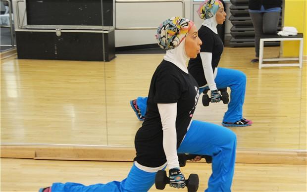 lunge 5 حرکت برای رشد عضلات دیر رشد پا