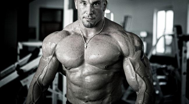 bodybuilder 0 عدم نتیجه گیری از دوره ی حجم و دلایل آن