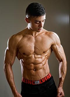boy-bodybuilding